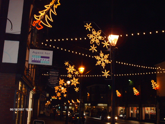kent christmas lights switch on